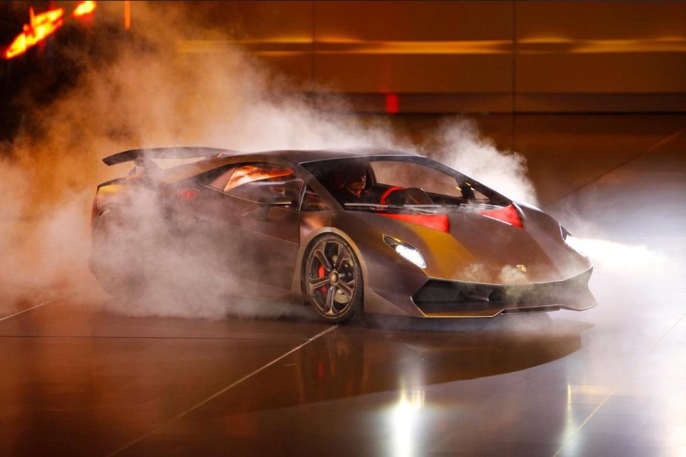 Lamborghini's Sesto Elemento Photoplay (3/6)