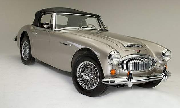 1966 Austin Healey BJ8 Vs. 1967 Datsun Roadster (1/2)