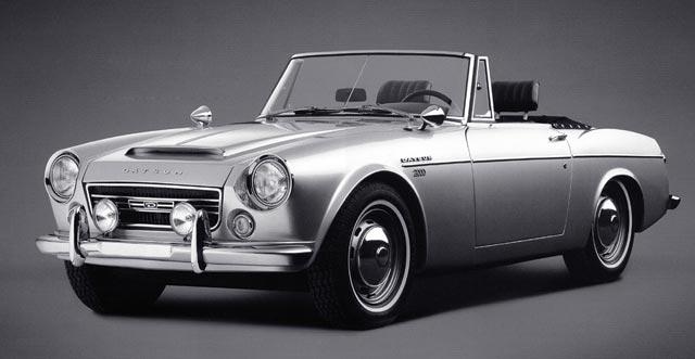 1966 Austin Healey BJ8 Vs. 1967 Datsun Roadster (2/2)