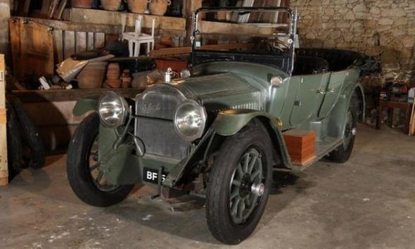 Bonhams-auction-Paris-1916-Packard-Model-2-35-Twin-Six-touring