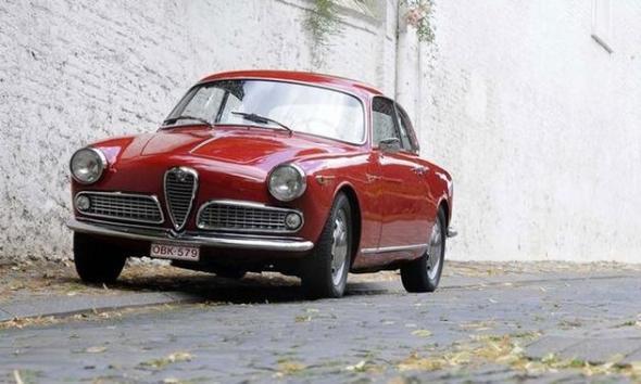 Bonhams-Paris-1958-Alfa-Romeo-Giulietta-Coupe-Sprint-Veloce